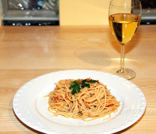 100045-spaghetti_alla_puttanesca-fot2a